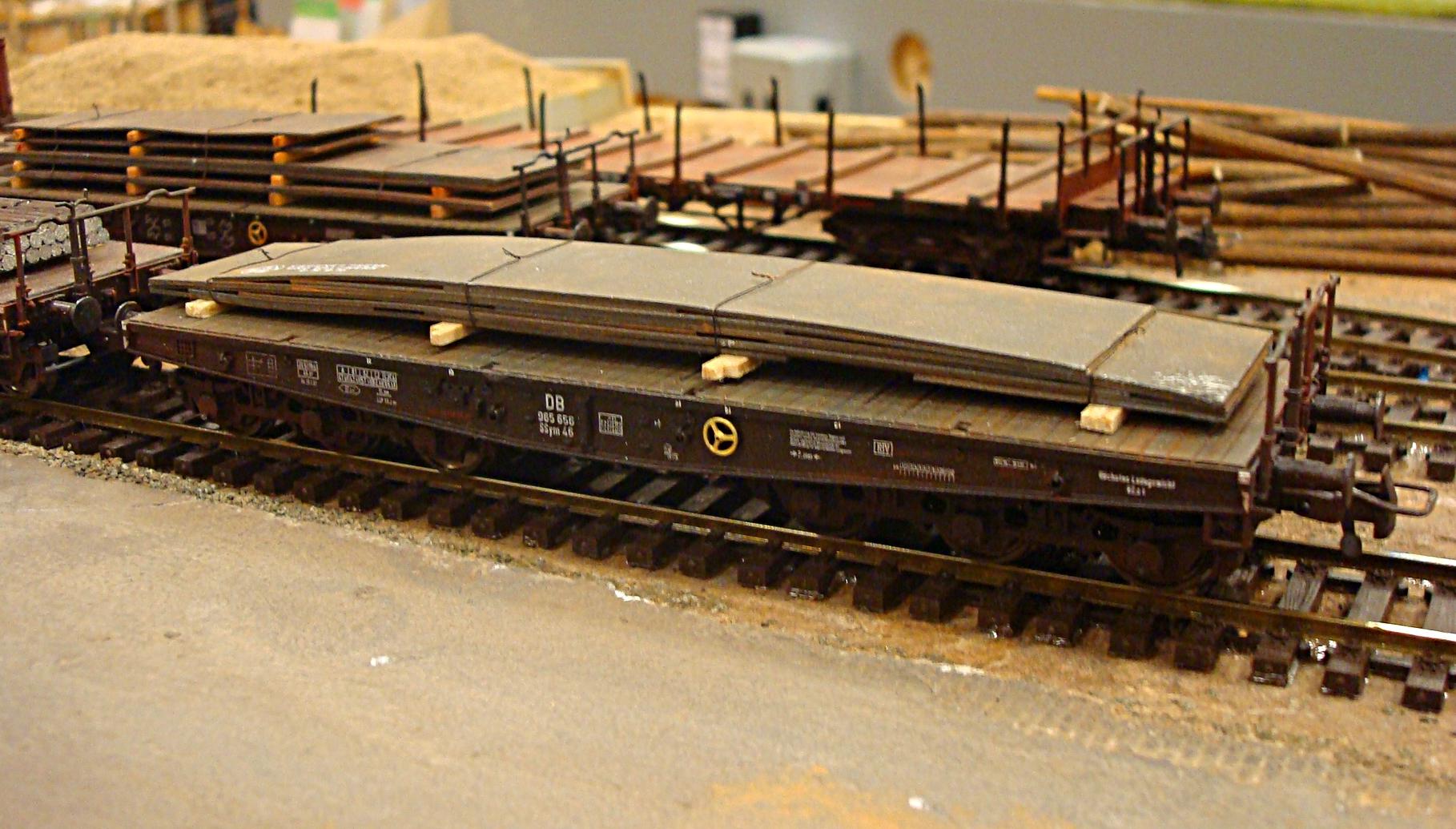 Sværgodsvogn med stålplader