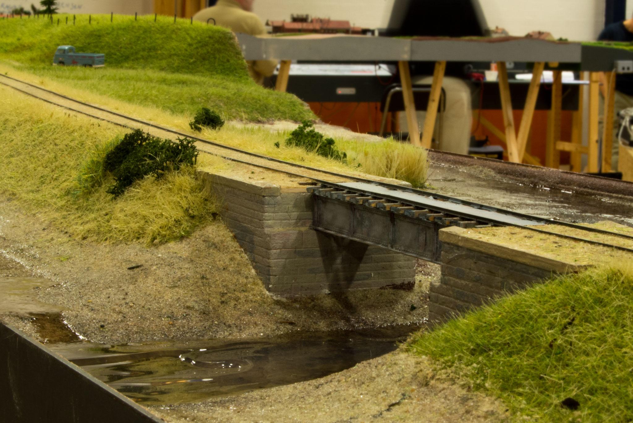 Henrik Poulsens model af broen ved Næsset, Horsens.  Modulet er stadig under opbygning, og broen er et sæt fra 87-gruppen, som har fået tilføjet nogle ekstra detaljer