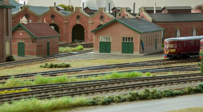Dlefzijl - en af de hollandske stationer