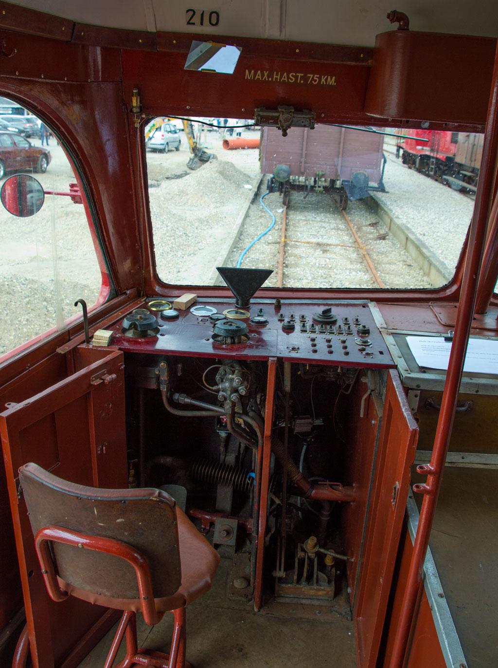 Motorendens førerplads i HBS Sm 210