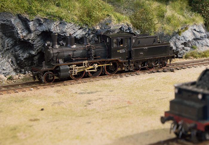 Håndbygget Steinar & Steinar model af norsk privatbane-damplokomotiv