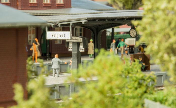 Perronen på Holstedt station