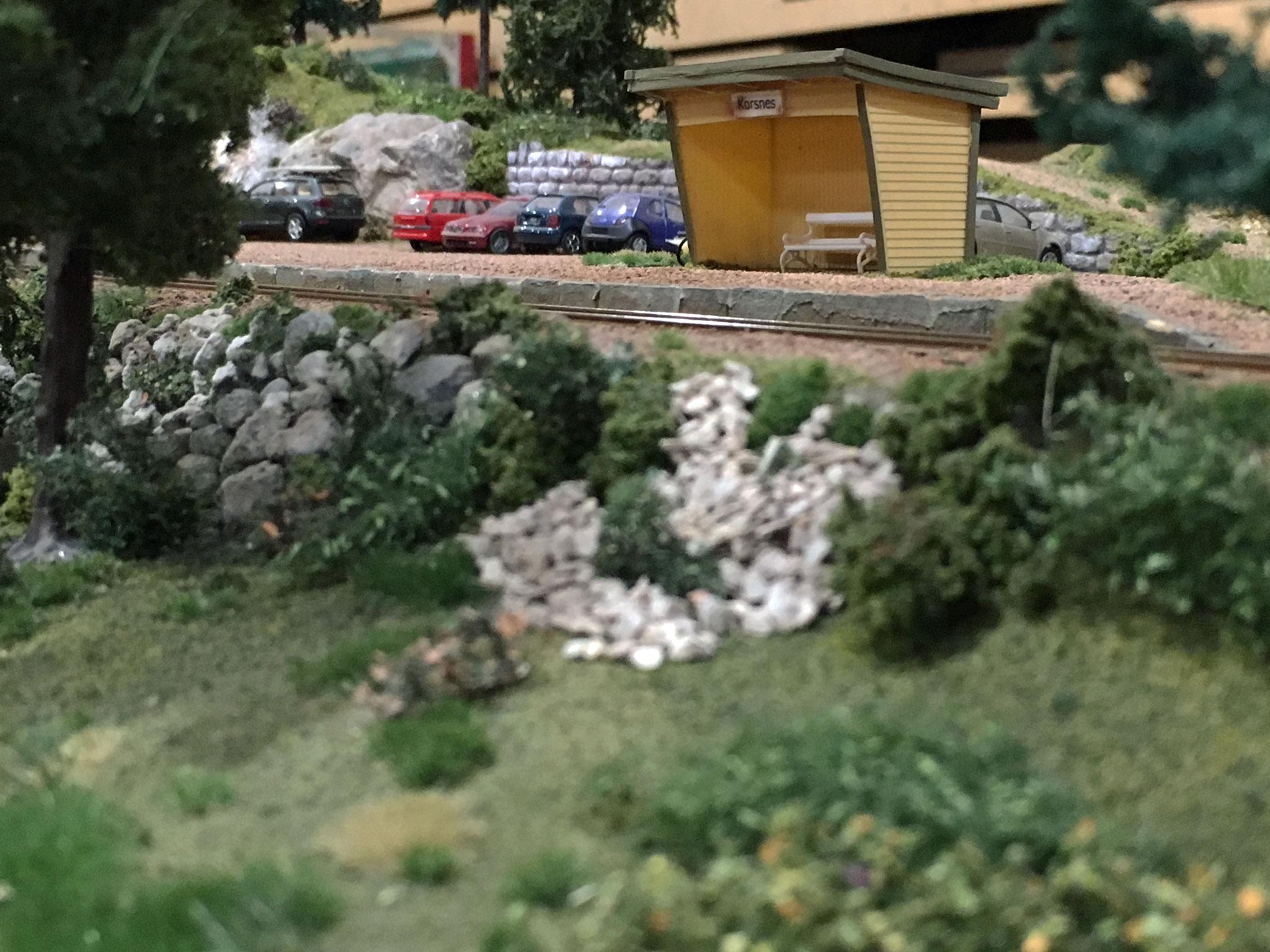 Korsnes - et lille modul med læskur og pakhus på sidespor