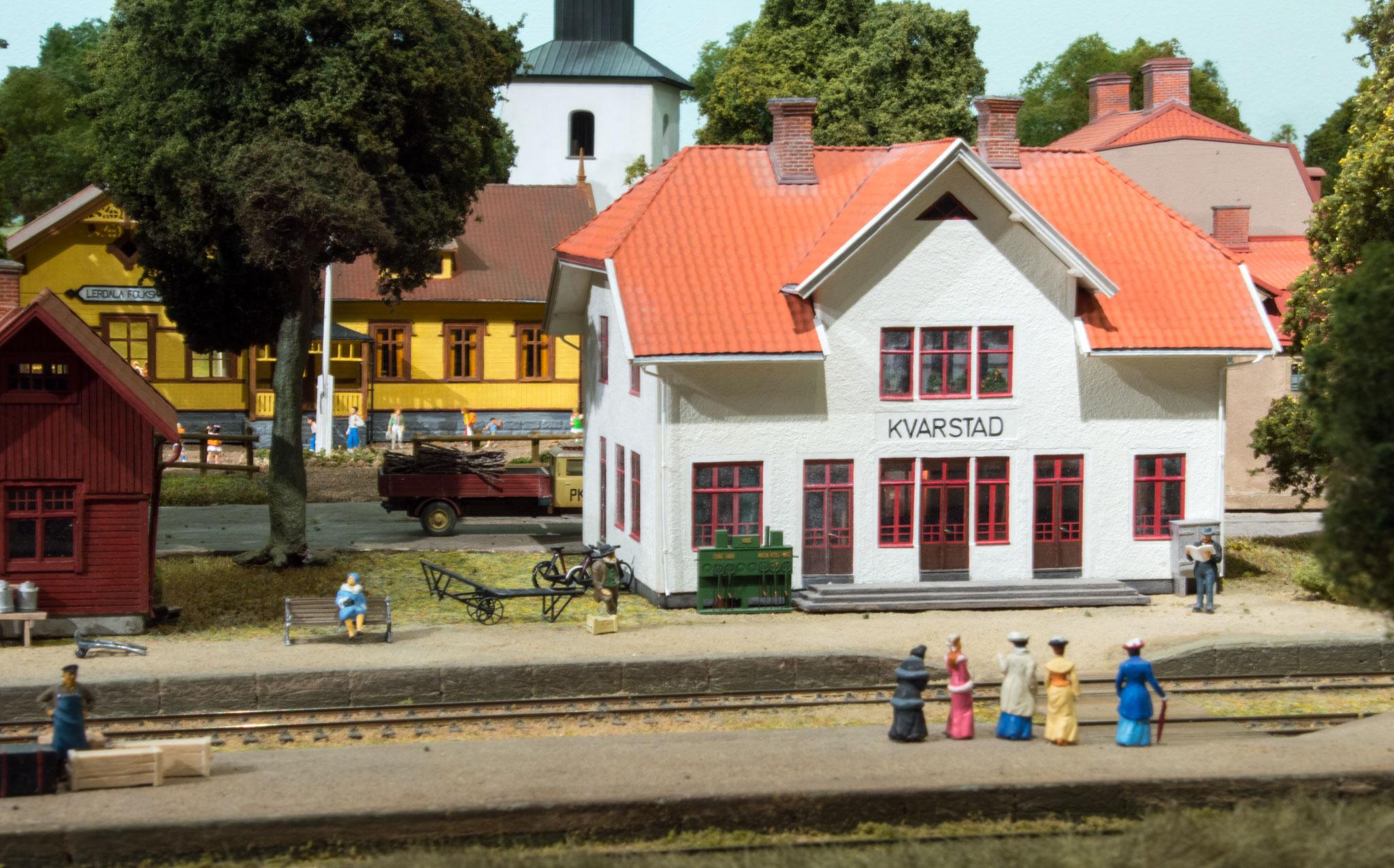 Kvarstad stationsbygning
