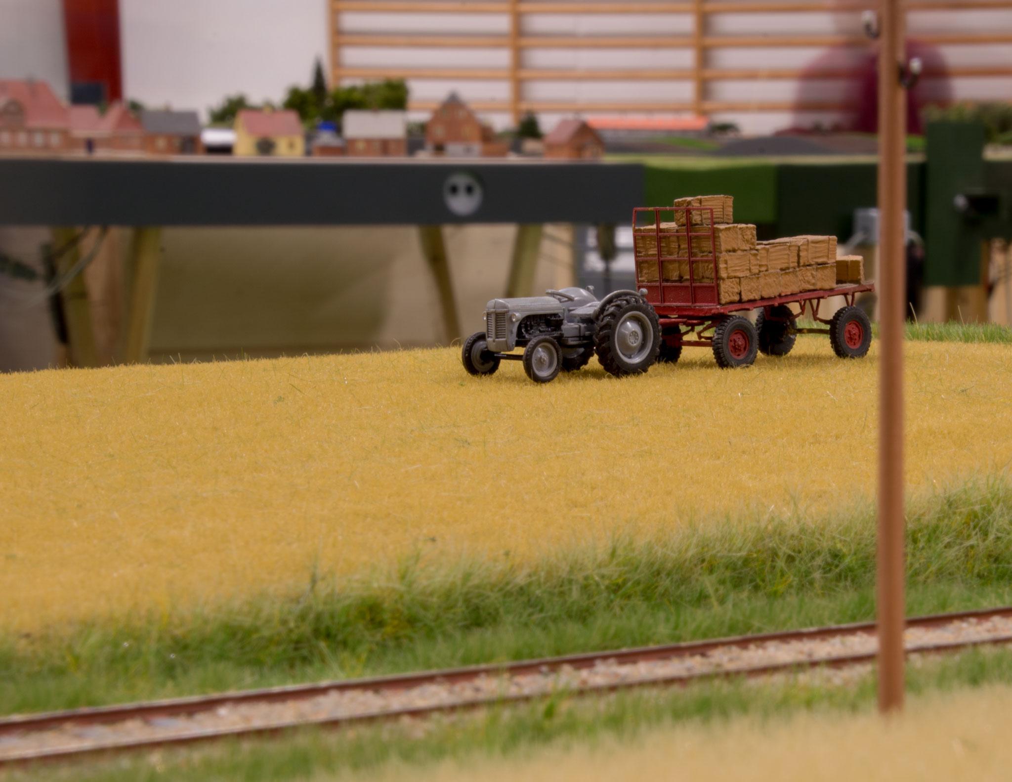 Michael Sølgaards seneste moduler byder på hvedemark med traktor og vogn