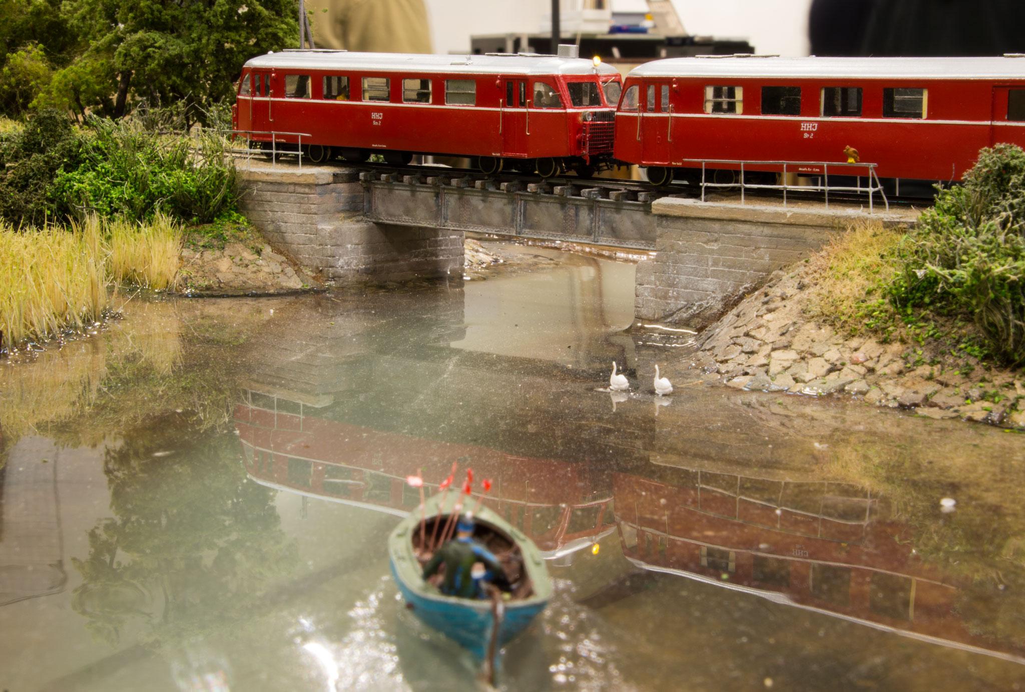 HHJ Sm1 med HHJ Sp2 på broen ved Næsset